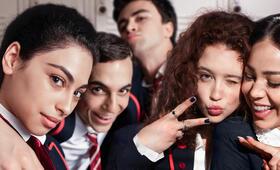 Elite mit María Pedraza, Miguel Herrán, Mina El Hammani, Danna Paola und Itzan Escamilla - Bild 21