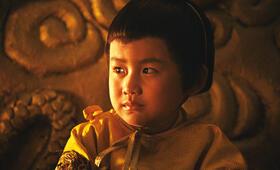 Der kleine Kaiser (Kim Quyen) verfolgt mit großen Augen das Geschehen im sagenumwobenen Mondscheinpalast. - Bild 32