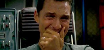 Matthew McConaughey weint in Interstellar