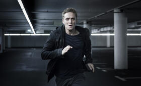 You Are Wanted, You Are Wanted Staffel 1 mit Matthias Schweighöfer - Bild 72