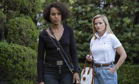 Little Fires Everywhere, Little Fires Everywhere - Staffel 1 mit Reese Witherspoon und Kerry Washington - Bild 1