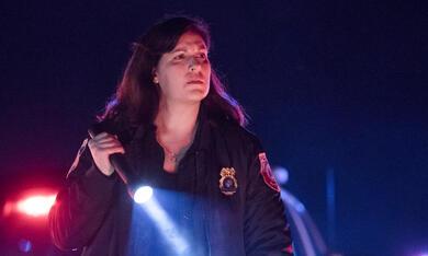 Emergence, Emergence - Staffel 1 mit Allison Tolman - Bild 1