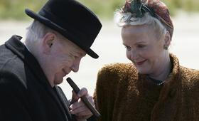 Churchill mit Brian Cox und Miranda Richardson - Bild 1