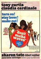 Die nackten Tatsachen - Poster