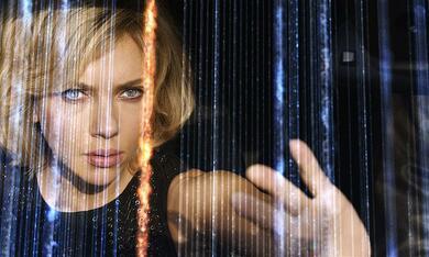 Lucy mit Scarlett Johansson - Bild 5