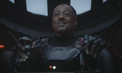 The Mandalorian, The Mandalorian - Staffel 1, The Mandalorian - Staffel 1 Episode 8 mit Giancarlo Esposito - Bild 2