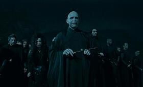 Harry Potter und die Heiligtümer des Todes 1 mit Ralph Fiennes - Bild 21