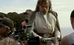 Star Wars: Episode VIII - Die letzten Jedi mit Daisy Ridley und Mark Hamill - Bild 1