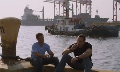 Showdown in Manila mit Casper van Dien und Alexander Nevsky - Bild 3