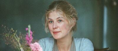 Rosamund Pike in Stolz & Vorurteil