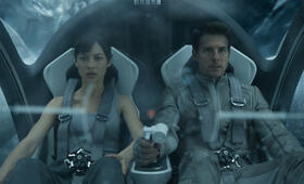 Oblivion mit Tom Cruise und Olga Kurylenko - Bild 2