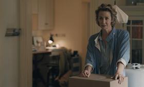Sorry for Your Loss, Sorry for Your Loss - Staffel 1 mit Janet McTeer - Bild 4