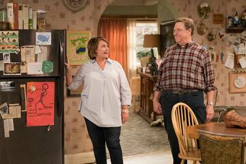 Roseanne Barr und John Goodman im Roseanne-Revival