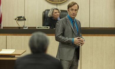 Better Call Saul - Staffel 5, Better Call Saul mit Bob Odenkirk und Frances Lee McCain - Bild 3