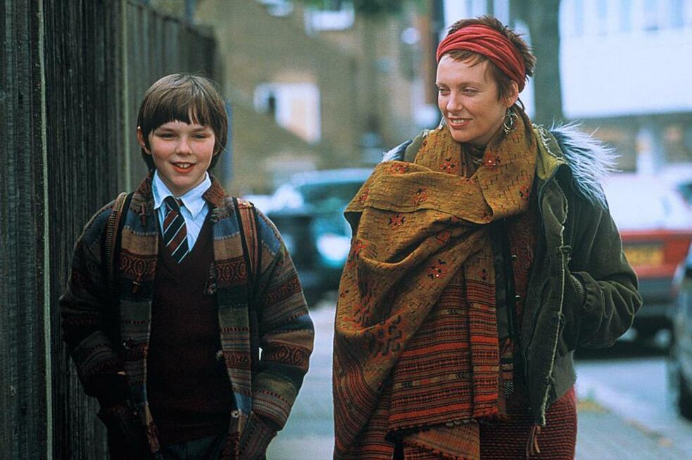 About a Boy oder: Der Tag der toten Ente mit Nicholas Hoult und Toni Collette