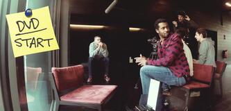 Sékou Neblett (vorne) und Marcus Staiger (links hinten) beim Dreh von Blacktape