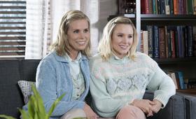 Bad Moms 2 mit Kristen Bell und Cheryl Hines - Bild 1