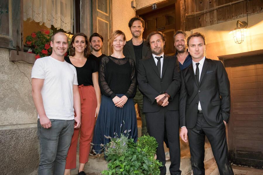 25 km/h mit Bjarne Mädel, Lars Eidinger, Sandra Hüller, Oliver Ziegenbalg, Tobias Herrmann, Jan Gallasch, Markus Goller und Eva van Leeuwen