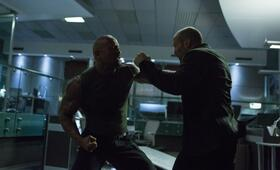Fast & Furious 7 mit Jason Statham und Dwayne Johnson - Bild 13