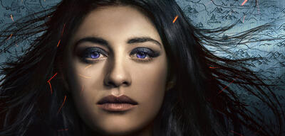 Anya Chalotra als Yennefer in The Witcher