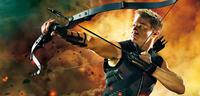 Bild zu:  Jeremy Renner als Hawkeye