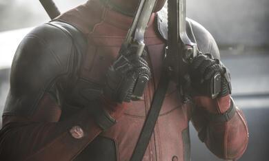 Deadpool mit Ryan Reynolds - Bild 11