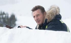 Hard Powder mit Liam Neeson - Bild 7