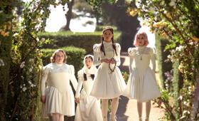 Paradise Hills mit Emma Roberts, Eiza González, Awkwafina und Danielle Macdonald - Bild 9