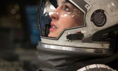 Interstellar mit Anne Hathaway - Bild 4