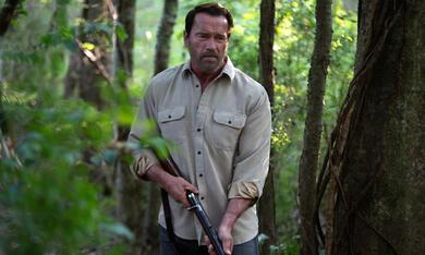 Maggie mit Arnold Schwarzenegger - Bild 1