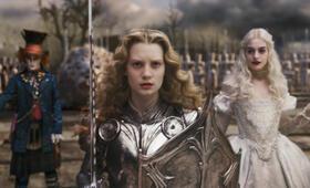 Alice im Wunderland mit Johnny Depp, Anne Hathaway und Mia Wasikowska - Bild 6