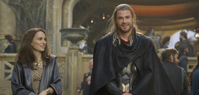 Thor 2 mit Chris Hemsworth und Natalie Portman