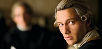 Bild zu:  Alexander Fehling als Goethe