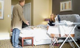 Grey's Anatomy - Staffel 16, Grey's Anatomy - Staffel 16 Episode 1 mit Kevin McKidd und Kim Raver - Bild 1