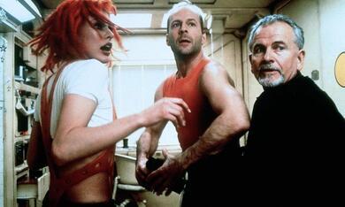 Das fünfte Element mit Bruce Willis, Milla Jovovich und Ian Holm - Bild 6