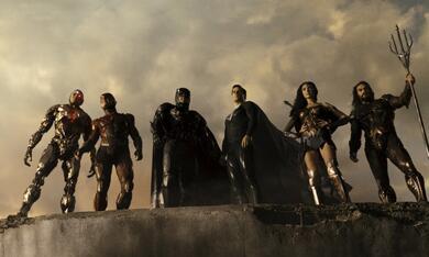 Zack Snyder's Justice League mit Ben Affleck, Gal Gadot, Henry Cavill, Ezra Miller und Ray Fisher - Bild 5