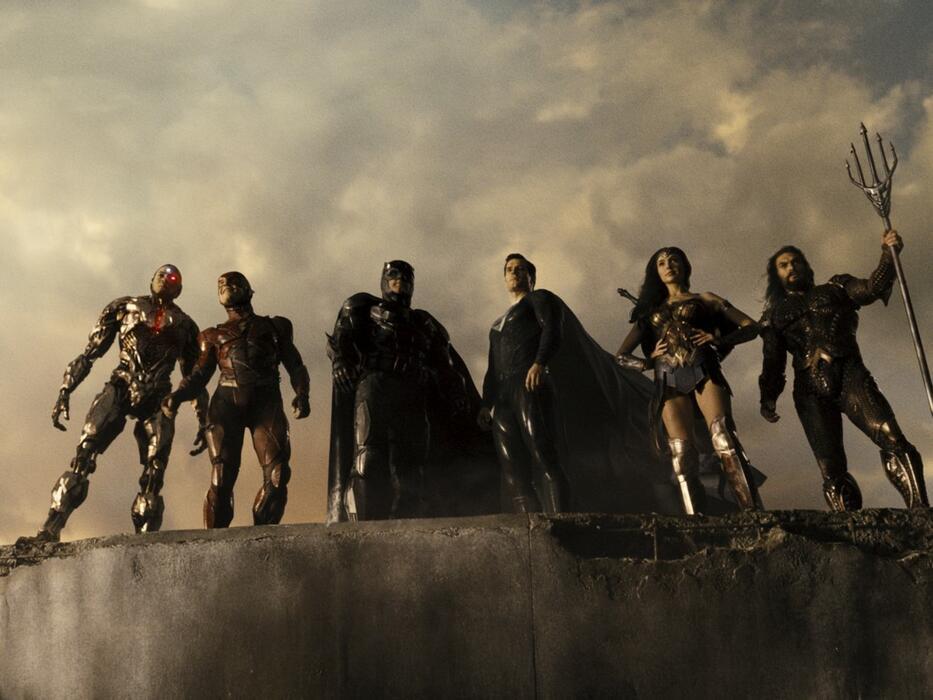Zack Snyder's Justice League mit Ben Affleck, Gal Gadot, Henry Cavill, Ezra Miller und Ray Fisher