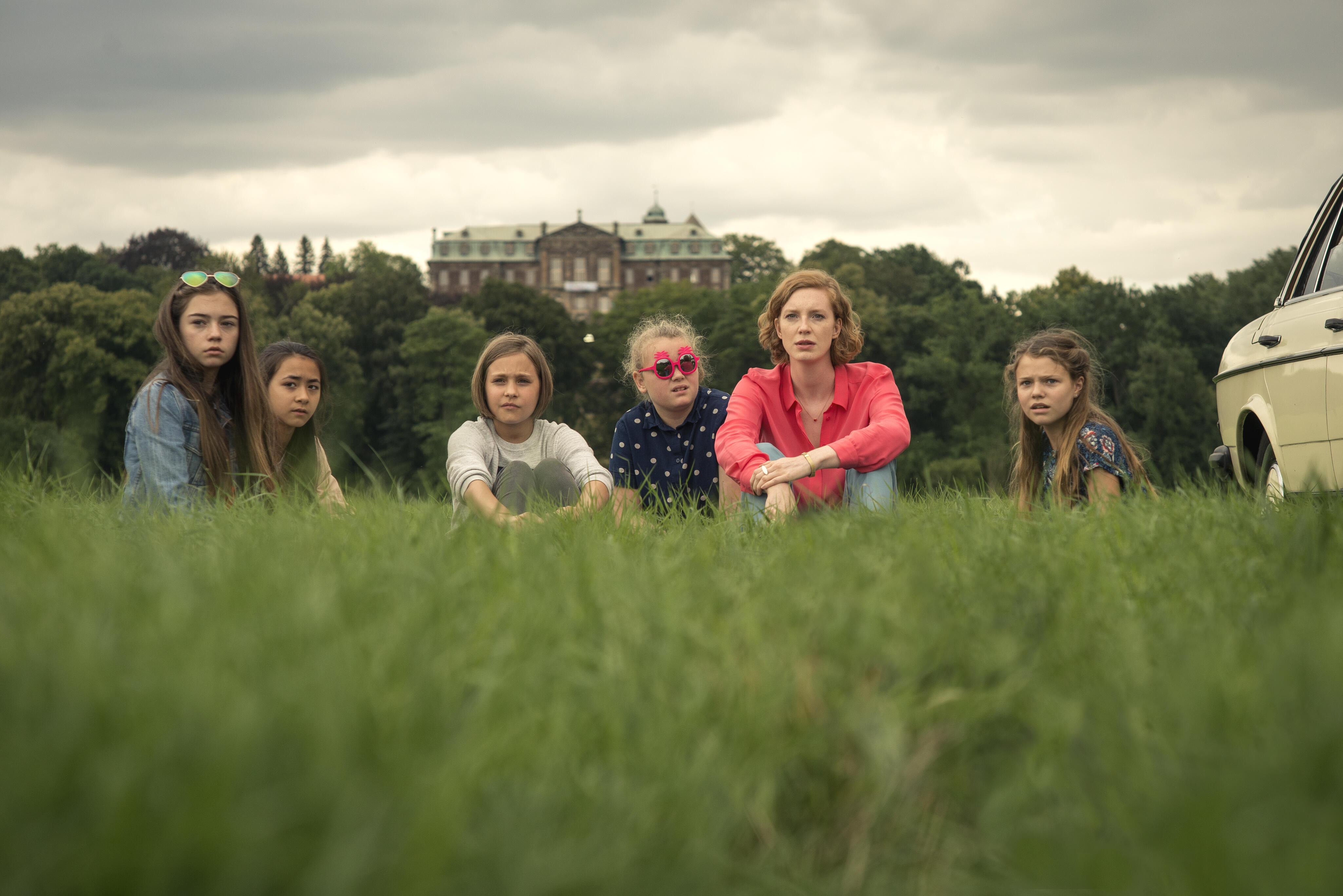 Hanni & Nanni Mehr als beste Freunde mit Rosa Meinecke Bild
