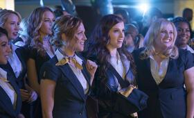 Pitch Perfect 3 mit Anna Kendrick, Rebel Wilson, Brittany Snow, Alexis Knapp, Ester Dean und Chrissie Fit - Bild 18