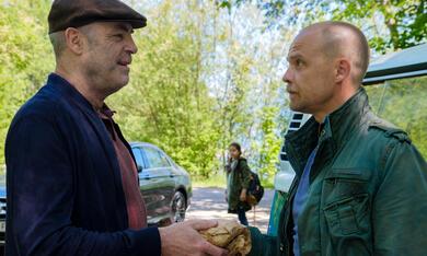 Die Toten vom Bodensee: Der Stumpengang mit Matthias Koeberlin und Peter Kremer - Bild 8