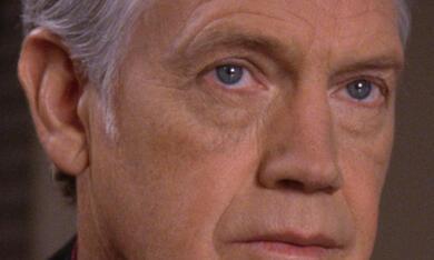 Raumschiff Enterprise: Das nächste Jahrhundert mit Ronny Cox - Bild 3