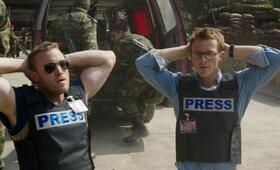 Renegades - Mission of Honor  mit Sullivan Stapleton und Charlie Bewley - Bild 8