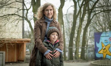 Stralsund - Waffenbrüder mit Marita Breuer und Jona  Truschkowski - Bild 1