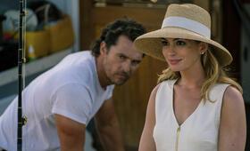 Im Netz der Versuchung mit Matthew McConaughey und Anne Hathaway - Bild 33