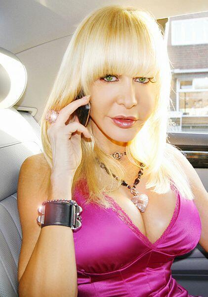 Dolly Buster Bild 1 Von 1 Moviepilotde