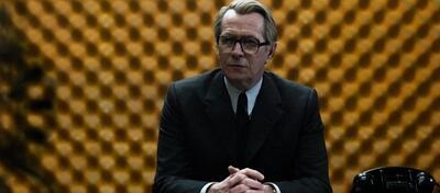 Gary Oldman in Dame König As Spion