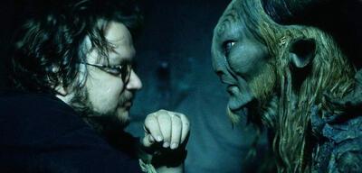 Guillermo del Toro bei den Dreharbeiten zu Pans Labyrinth