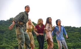 Fantasy Island mit Portia Doubleday, Austin Stowell und Jimmy O. Yang - Bild 10