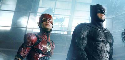 Justice League mit Ezra Miller und Ben Affleck