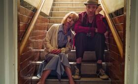 Eternal Beauty mit David Thewlis und Sally Hawkins - Bild 2
